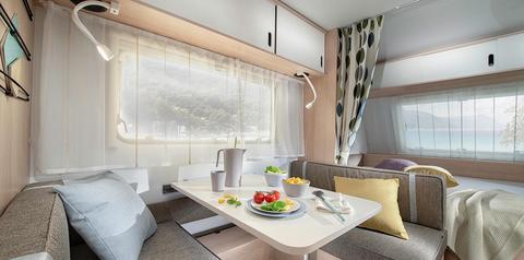 Wohnwagen Adria Aviva – besonders leicht und mit umfassender Serienausstattung