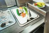 EuroCaravaning VANTourer 2022 540 D Küche Detail