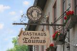 Traditionelle Dorfgasthäuser im Taunus